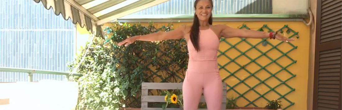 Tessuti morbidi e aderenti, che non costringono ma accompagnano perfettamente nei movimenti: ecco i miei consigli per scegliere il reggiseno più adatto allo yoga! Amo praticare yoga e farlo con […]