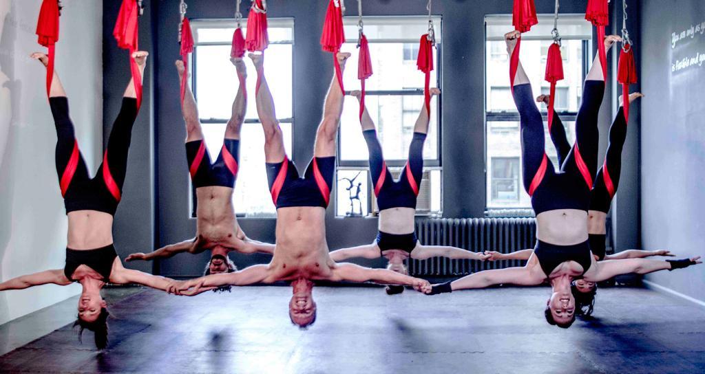 Yoga antigravity: i motivi per farlo dopo i 40 anni